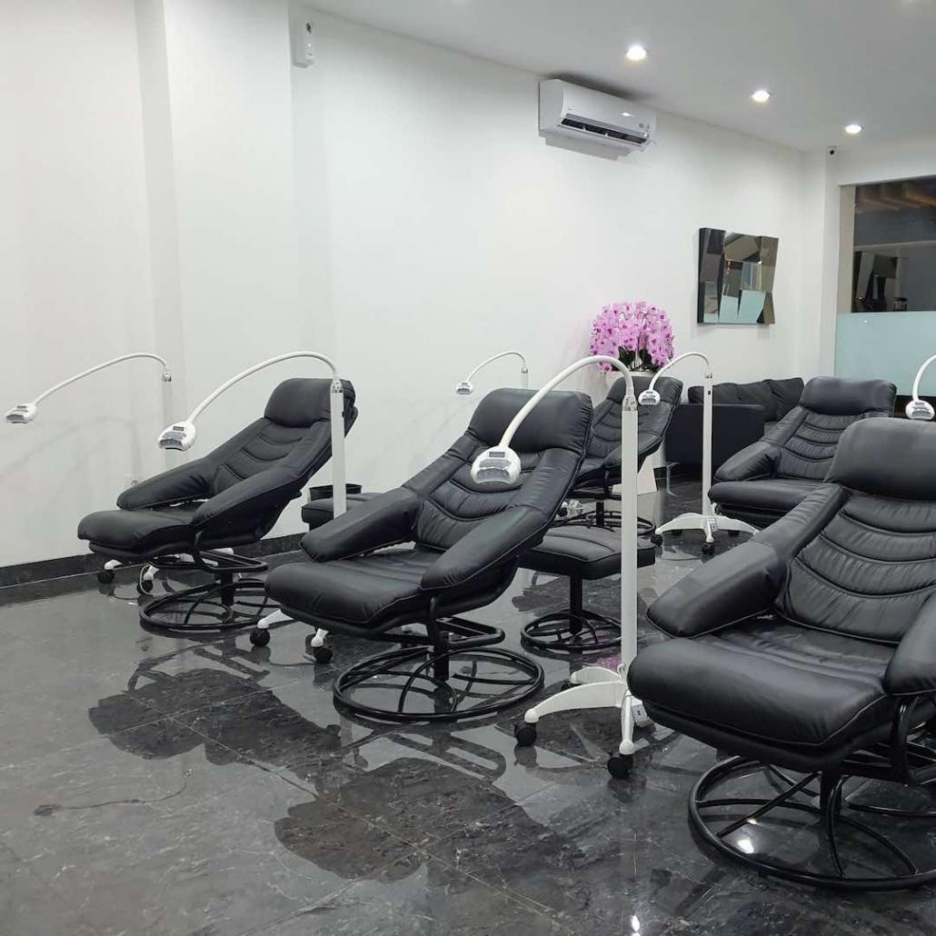 Teeth whitening salon in Bali